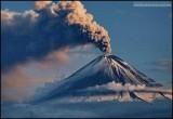 Извержение вулкана Ключевская сопка на Камчатке