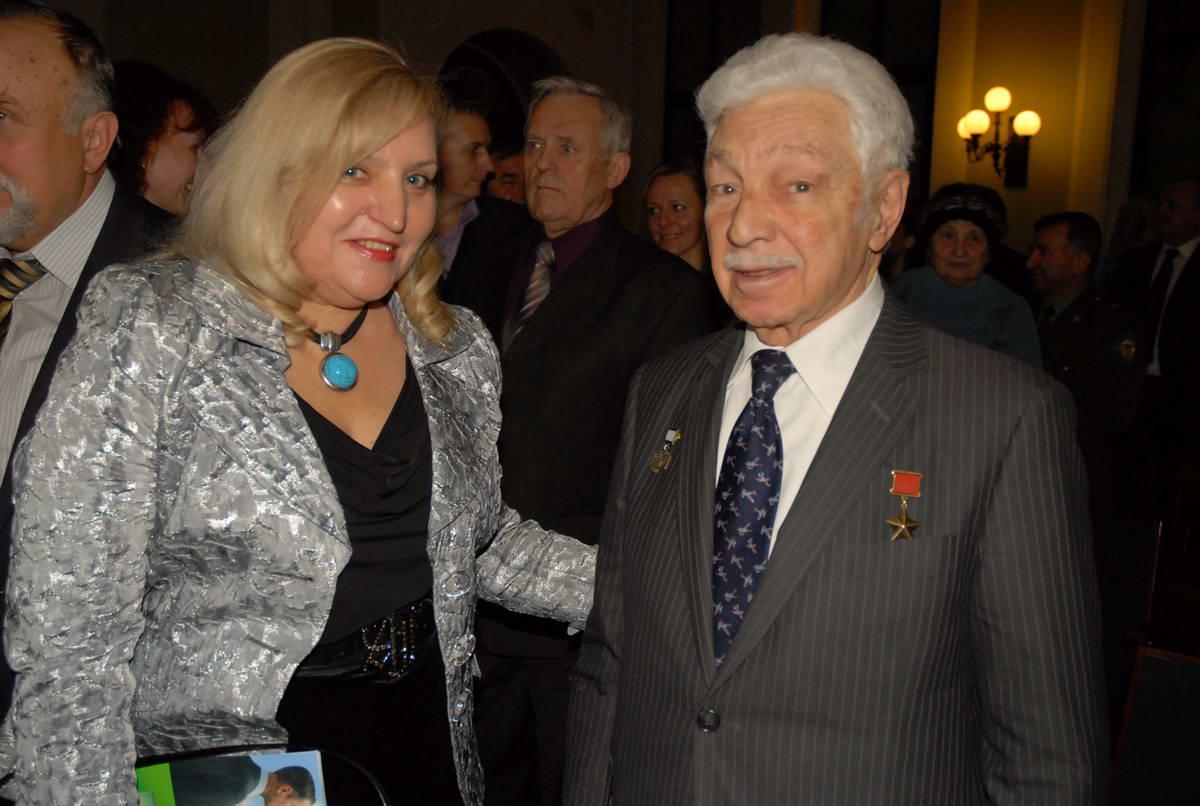М.В.Сирота и С.А.Микоян
