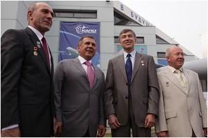 Летчики-испытатели с президентом Татарстана