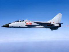 Истребитель-бомбардировщик JH-7 Flying Leopard