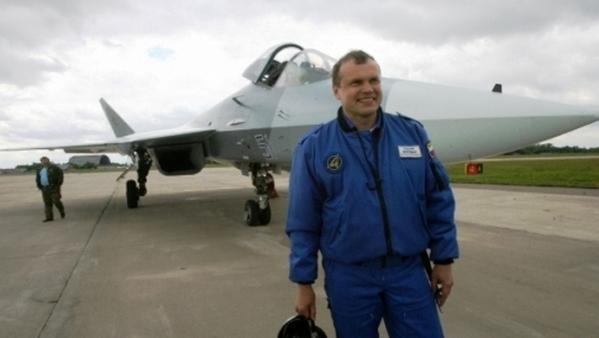 С.Л.Богдан у Т-50