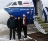 Вдова и дети Юрия Зубрицкого – у лайнера, названного в его честь. Фото: Игорь Стрюк