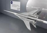 модель сверхзвукогого самолета