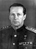 Заслуженный лётчик-испытатель СССР Герой Советского Союза М.М.Громов.