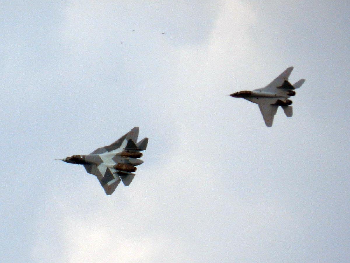 В воздухе новейшие Т-50 и МиГ-29М2