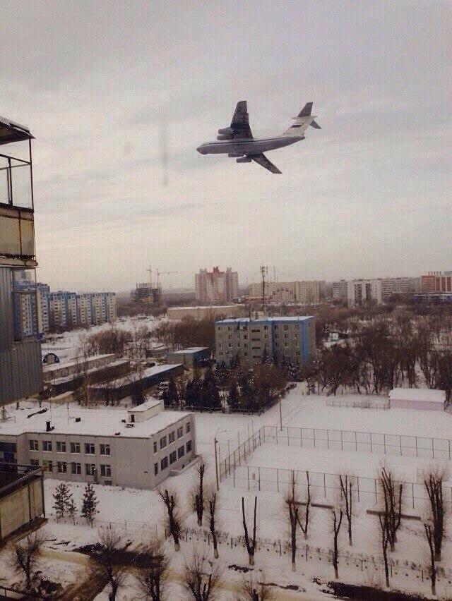 Ил-76 над Оренбургом