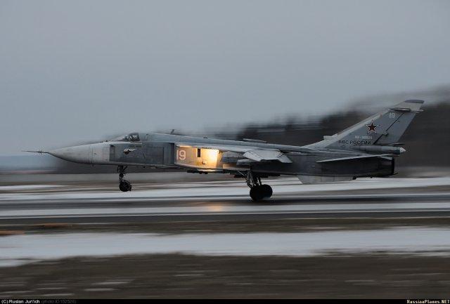 Су-24 на взлёте