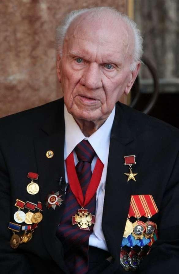 Анатолий Иванович Савин