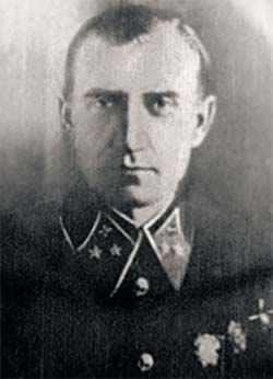 Начальник НИИ ВВС генерал-майор А.И.Филин