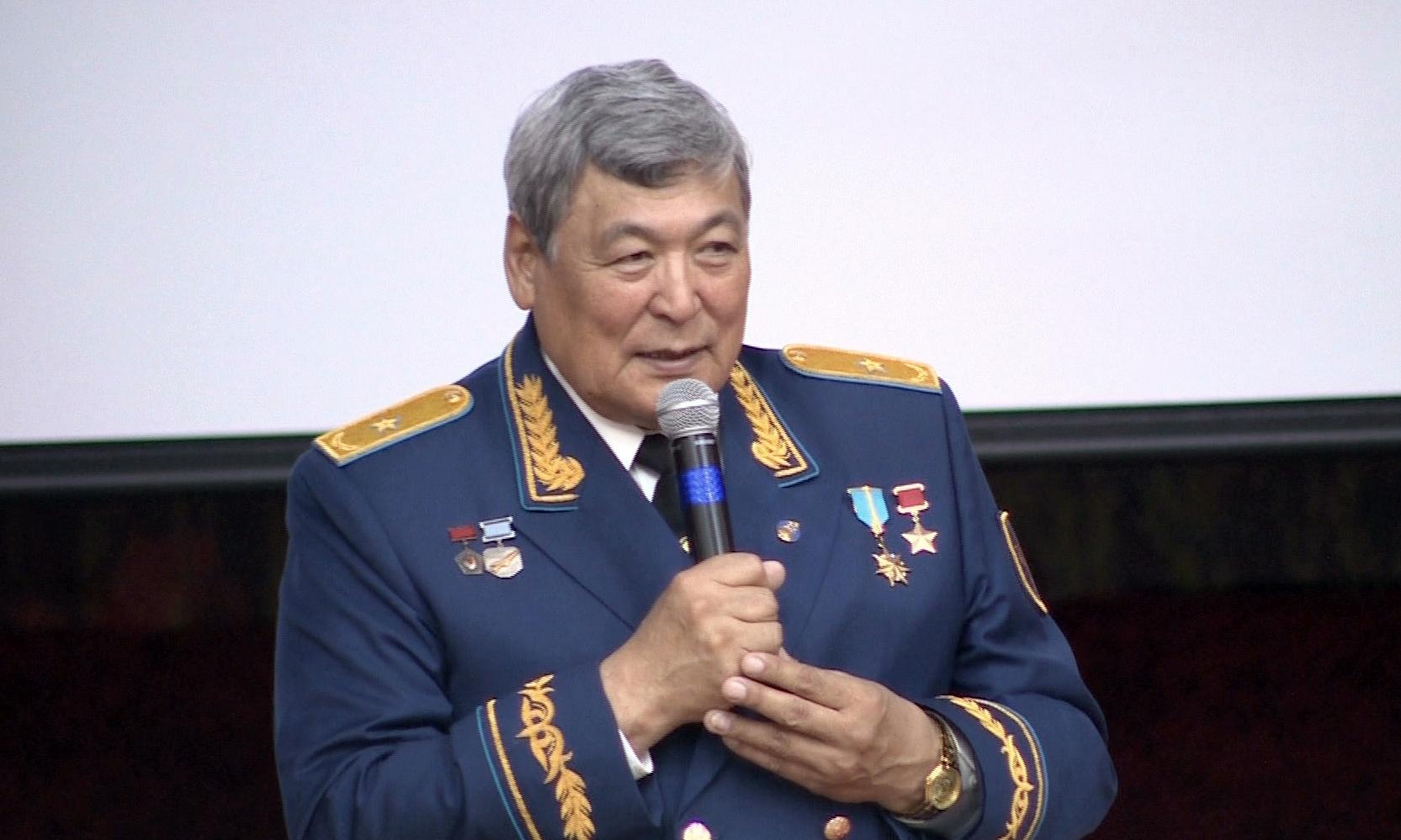 Токтар Аубакиров