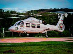 Прибытие первого летного опытного образца вертолета Ка-62