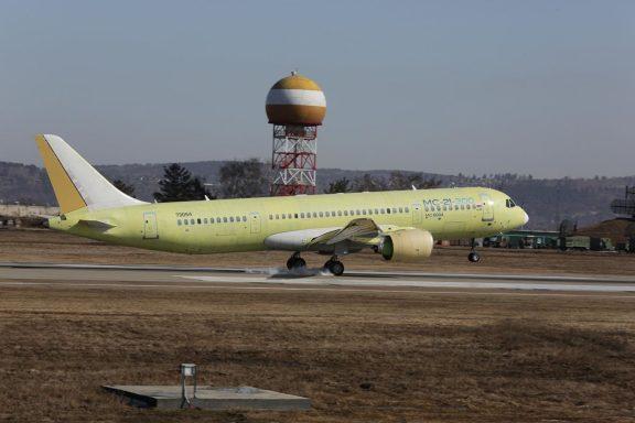 Первый полет третьего опытного самолета МС-21-300 на аэродроме Иркутского авиационного завода