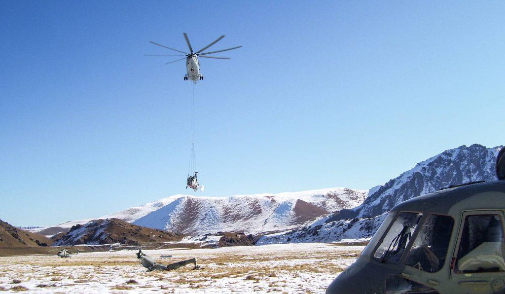 Транспортировка вертолета Ка-27, октябрь 2011 года