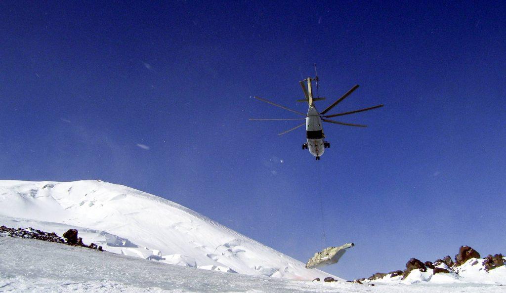 Транспортировка вертолета Ми-8АМТШ, октябрь 2011 года
